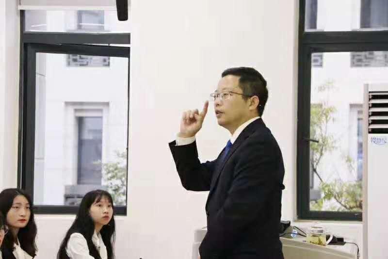《中国酒文化故事》大讲堂第五讲——郭五林:中国酒类营销创新故事